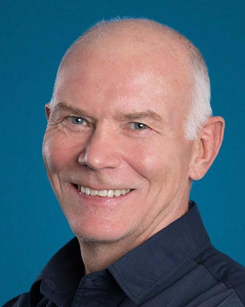 Dr Robert Stevenson